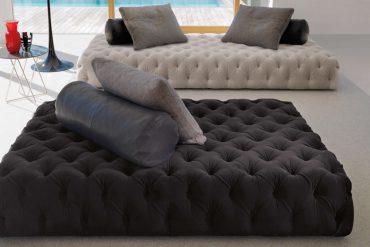 Rollking Sofa by Desiree